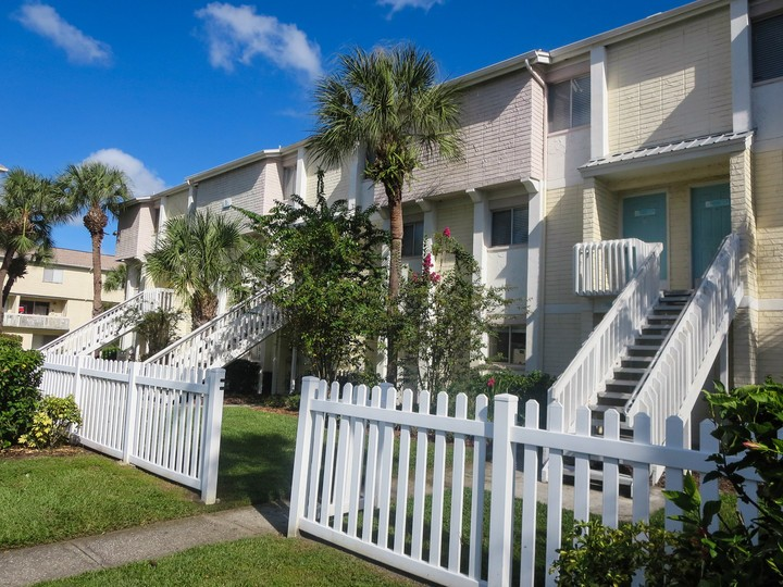 Apartments Near The Academy Palmera Pointe for International Academy of Design and Technology Students in Tampa, FL