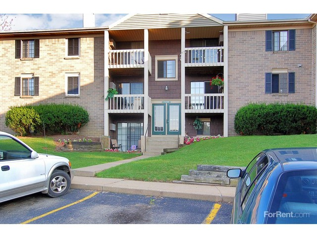 Shakertown Apartments - 5902 Shakertown Dr NW, Canton, OH 44718 ...