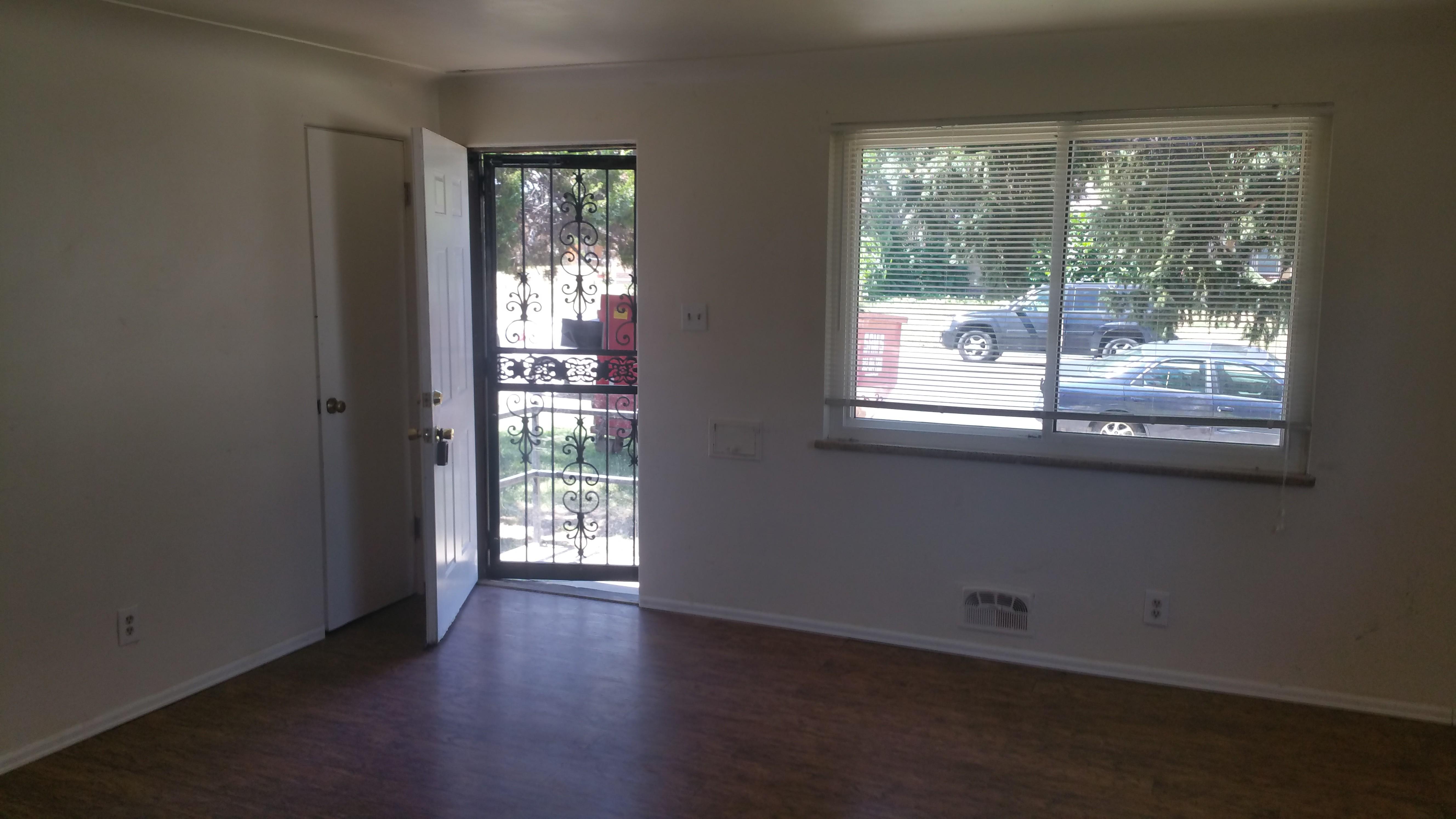 3246 Pontiac St Denver Co 80207 2 Bedroom Apartment For Rent For 1 200 Month Zumper