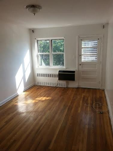 1243 E 98th St 2 New York NY 11236 2 Bedroom Apartment For Rent For 1 750