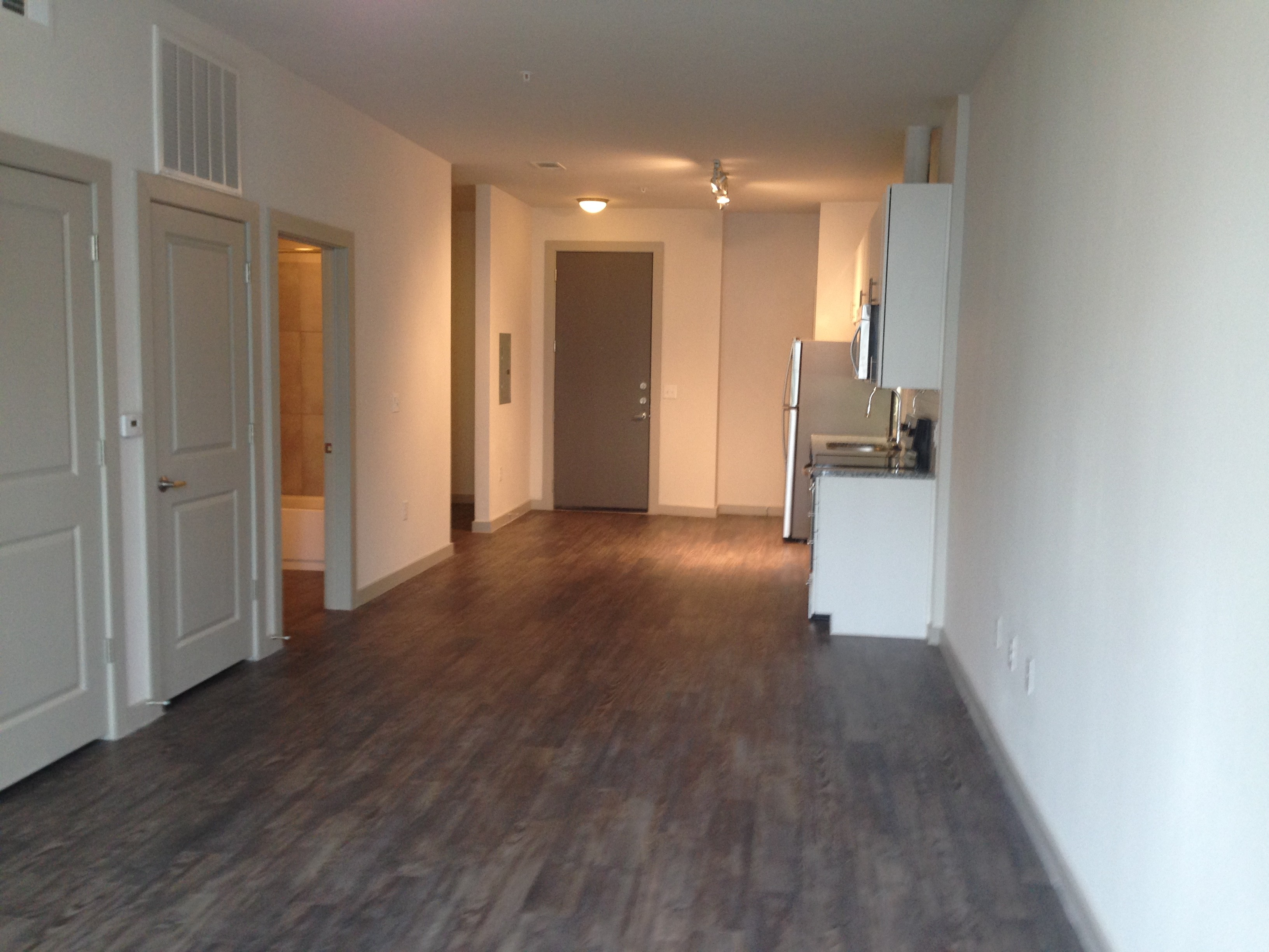 1000 E 7th St Austin Tx 78702 2 Bedroom Apartment For Rent For 1 965 Month Zumper