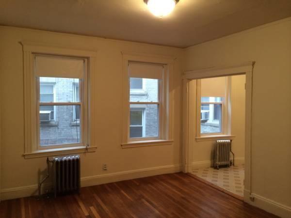 183 185 Park Dr 1 Boston Ma 02215 1 Bedroom Apartment For Rent Padmapper