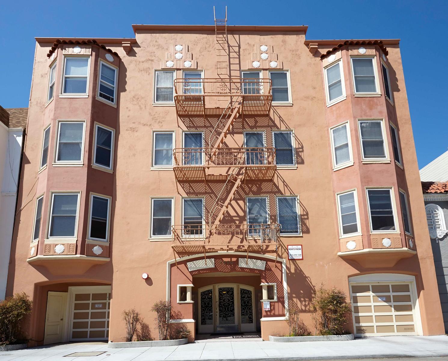 1660 BAY Apartments
