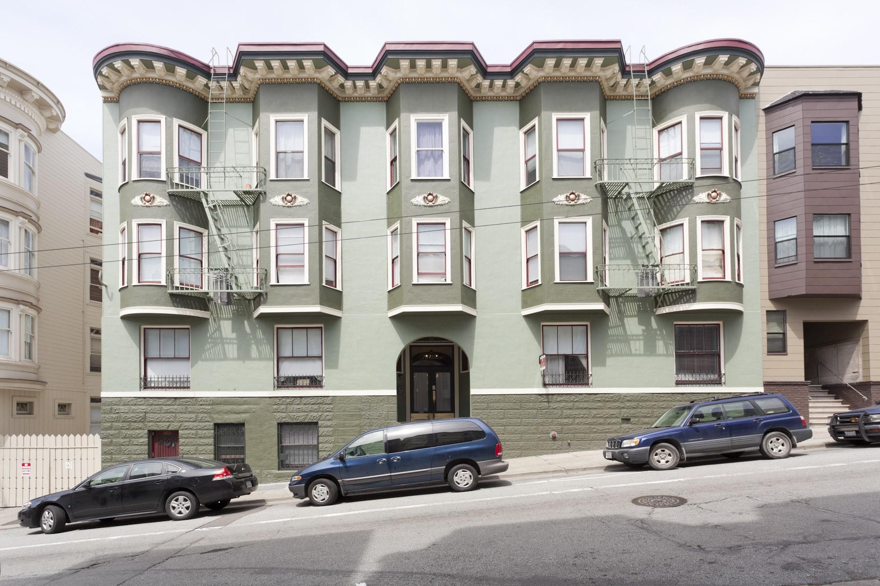 1560 SACRAMENTO Apartments & Suites