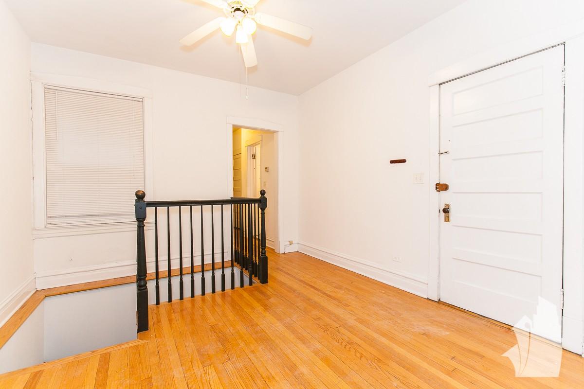 2414 W Berenice Ave Chicago Il 60618 4 Bedroom
