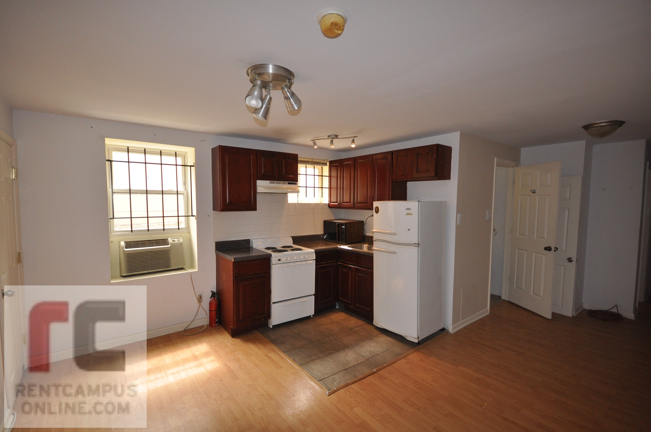 1517 North 15th Street B Philadelphia Pa 19121 2 Bedroom Apartment For Rent Padmapper