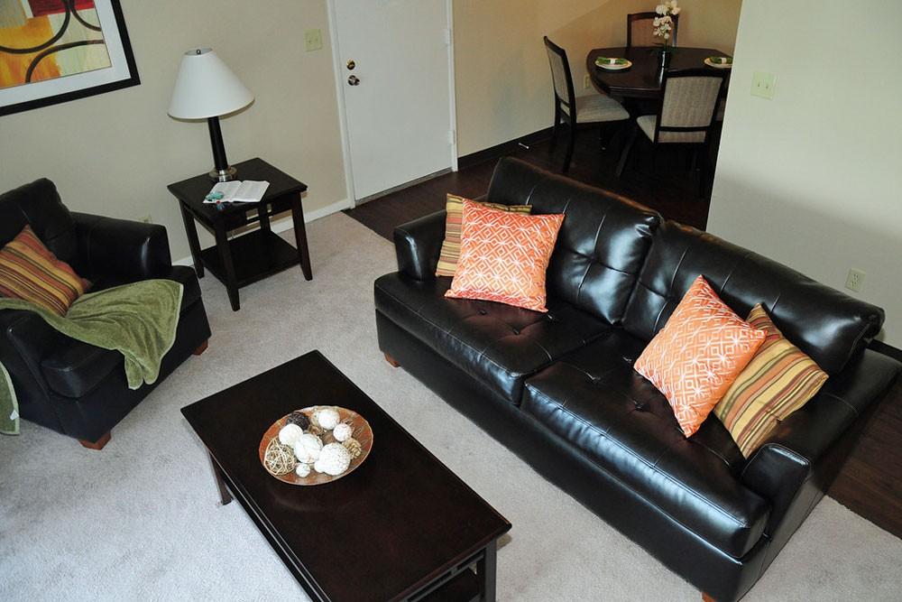 Apartments Near Saint Louis Suson Pines for Saint Louis Students in Saint Louis, MO