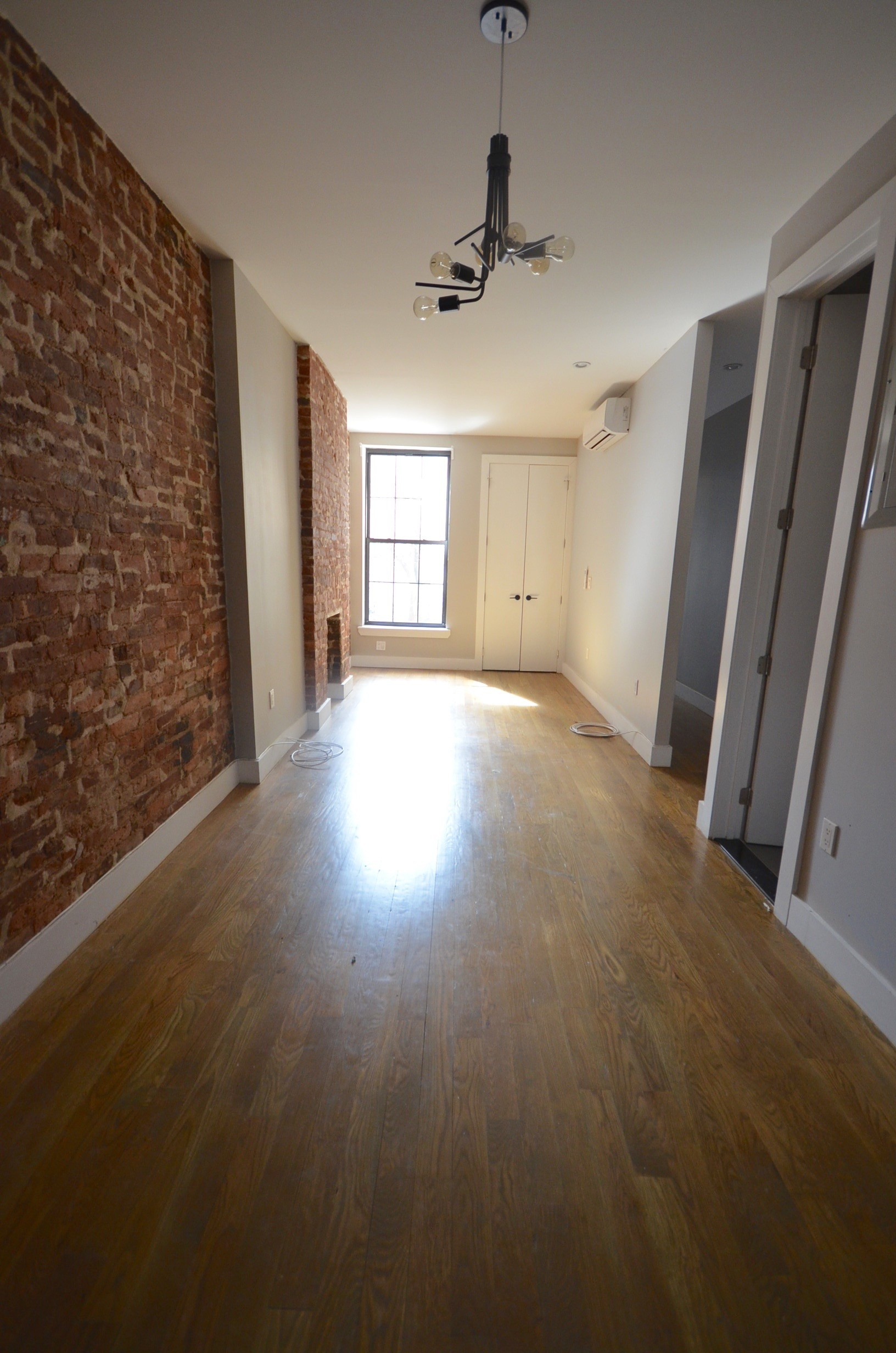 540 Bainbridge Street 2L New York NY 11233 3 Bedroom Apartment For Rent