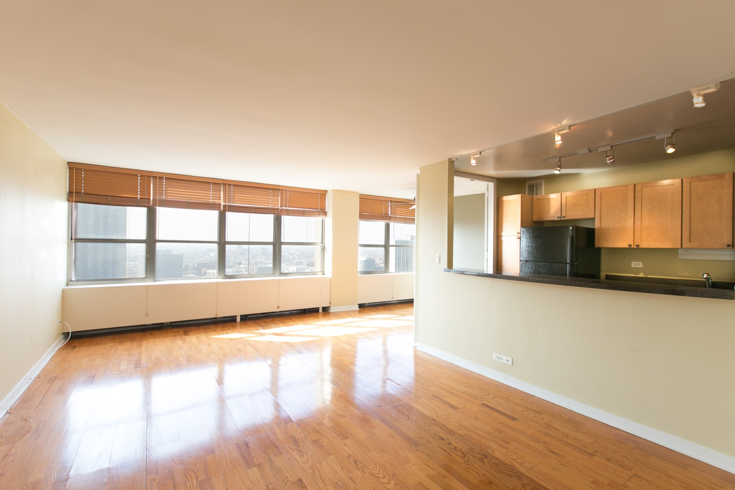655 West Irving Park Road 2403 Chicago IL 60613 1 Bedroom Apartment For Re