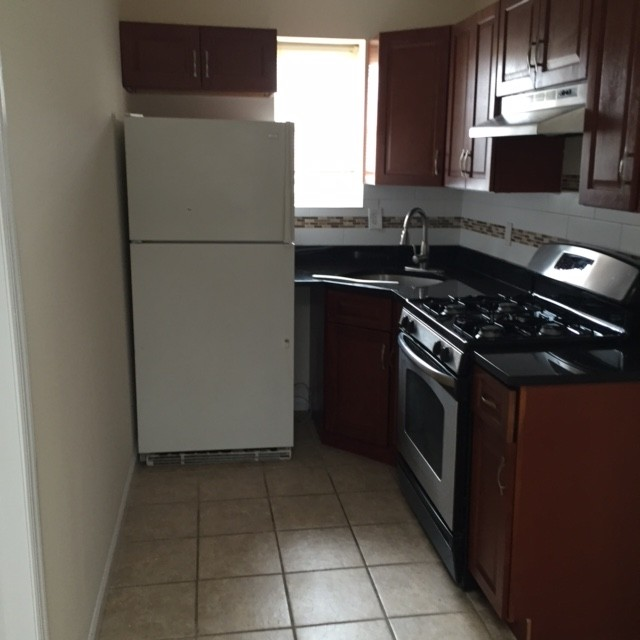 157 Van Horne St Jersey City Nj 07304 2 Bedroom Apartment For Rent For 1 350 Month Zumper