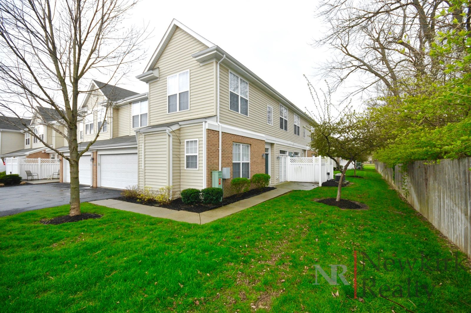 2354 colfax lane indianapolis in 46260 2 bedroom for 2 bedroom 2 bathroom apartments for rent
