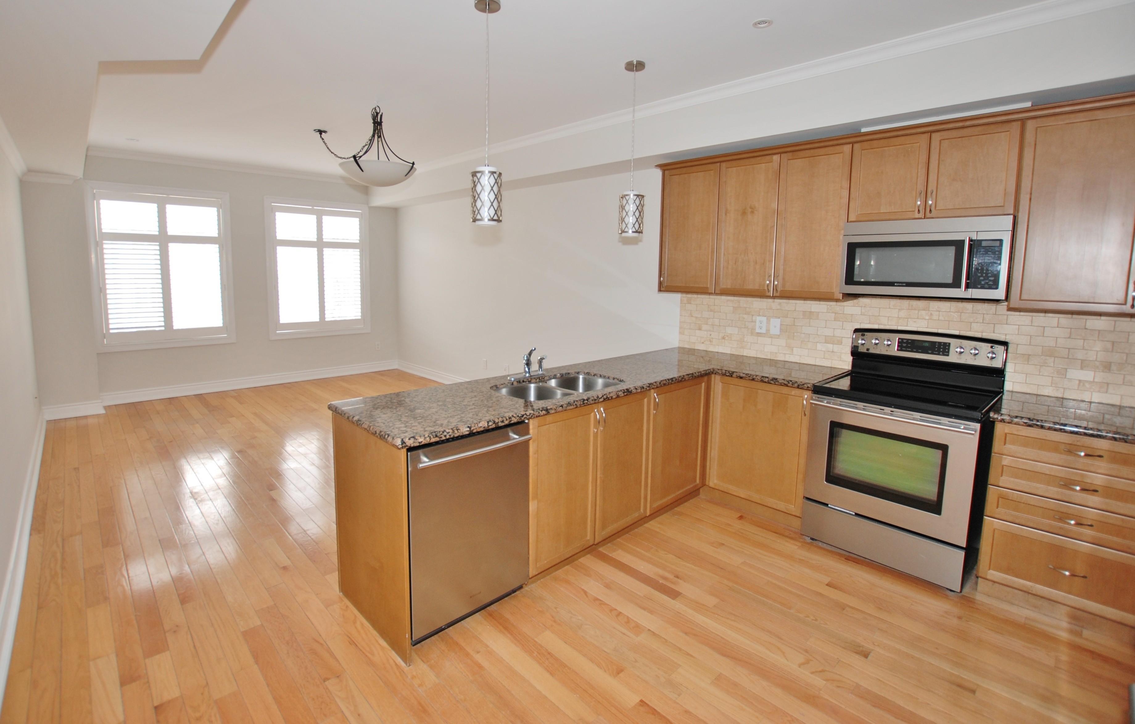 99 Brant St 6 Oakville On L6k 2z5 2 Bedroom Apartment