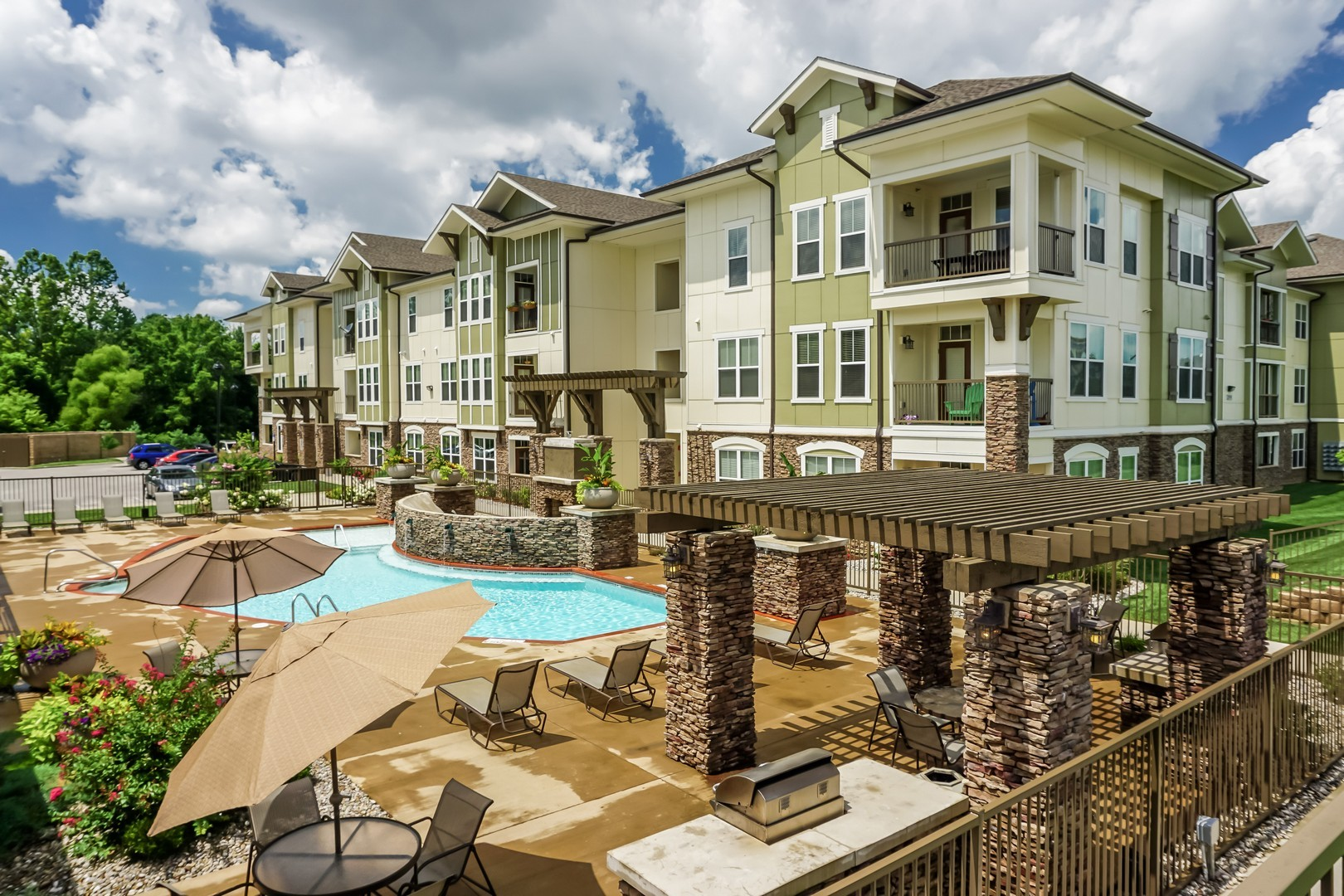 apartments near university of kentucky | college student apartments