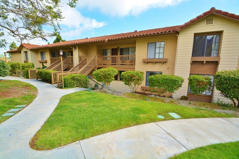 12695 Camino Mira Del Mar 113 San Diego Ca 92130 2 Bedroom House For Rent For 3 400 Month