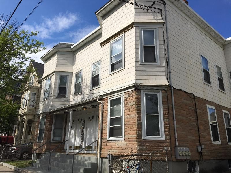 339 beacon st 1 somerville ma 02143 3 bedroom apartment for rent padmapper for One bedroom apartments somerville ma