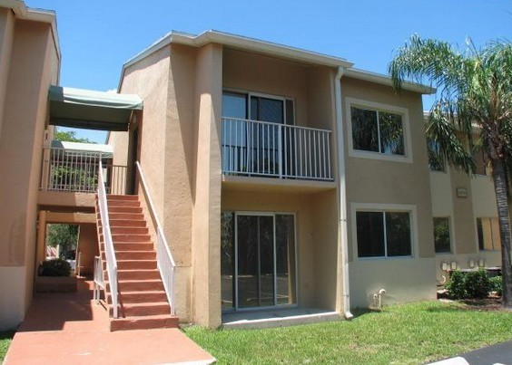 coverimage cutler hammock apartments for rent   10376 sw 212th st goulds fl      rh   zumper