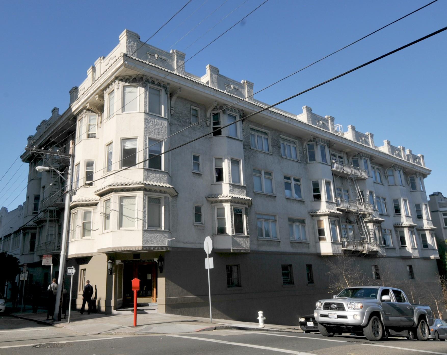 1401 JONES Apartments & Suites