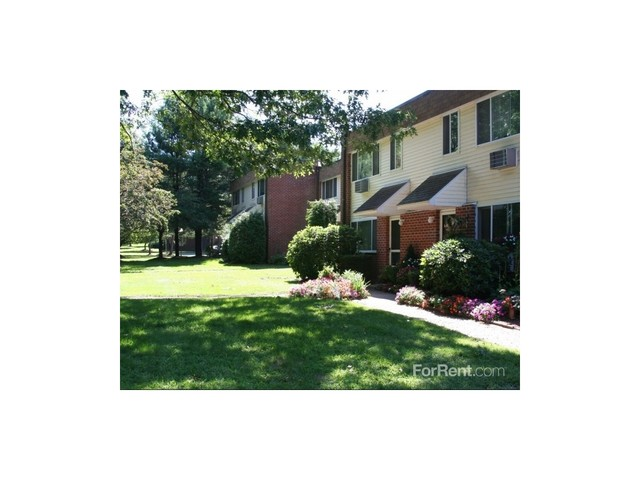 Eastbrook Apartments - 259 Fernbank Rd, Springfield, MA 01129 with ...